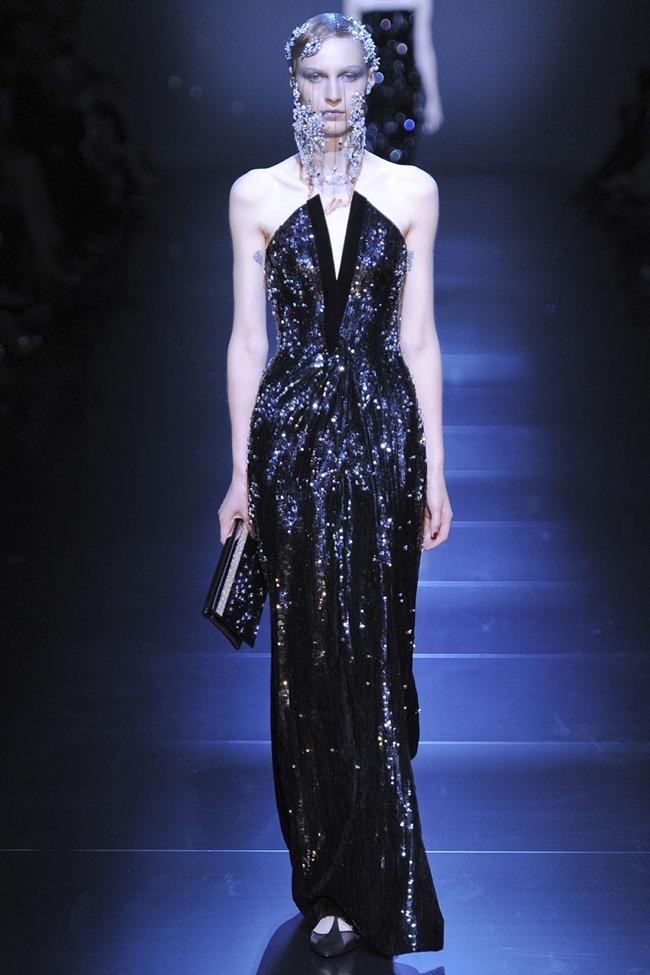 PARIS HAUTE COUTURE Giorgio Armani Privé Haute Couture Fall 2012. www.imageamplified.com, Image Amplified (50)
