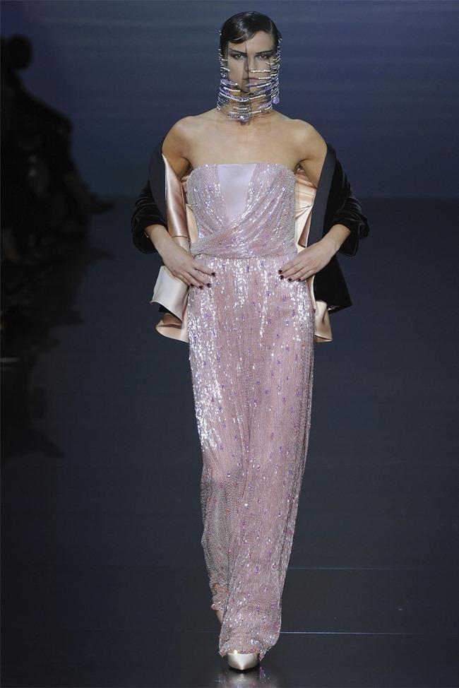PARIS HAUTE COUTURE Giorgio Armani Privé Haute Couture Fall 2012. www.imageamplified.com, Image Amplified (20)