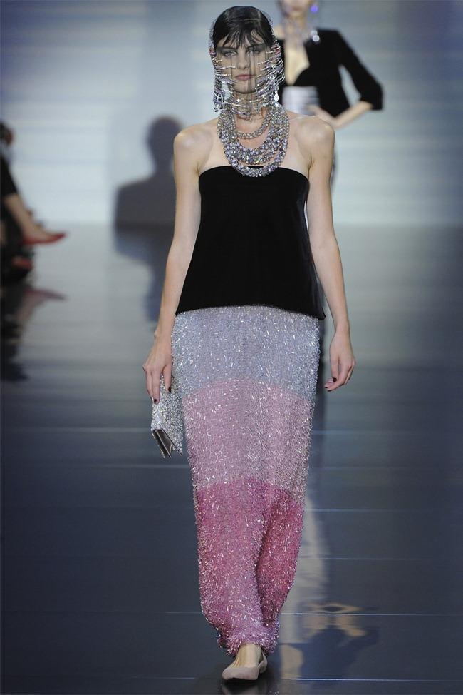 PARIS HAUTE COUTURE Giorgio Armani Privé Haute Couture Fall 2012. www.imageamplified.com, Image Amplified (21)