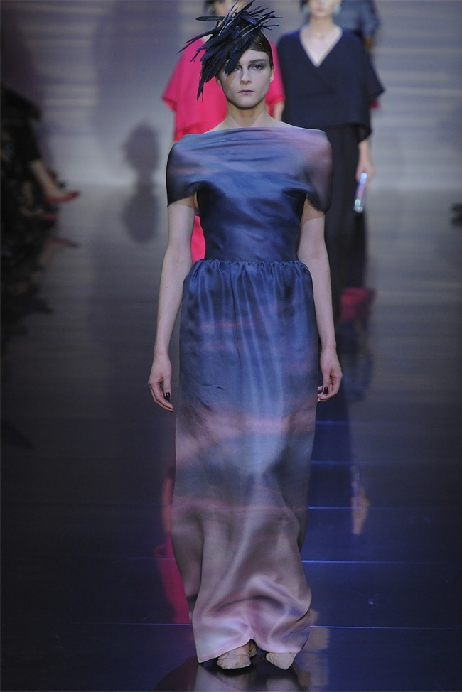 PARIS HAUTE COUTURE Giorgio Armani Privé Haute Couture Fall 2012. www.imageamplified.com, Image Amplified (26)