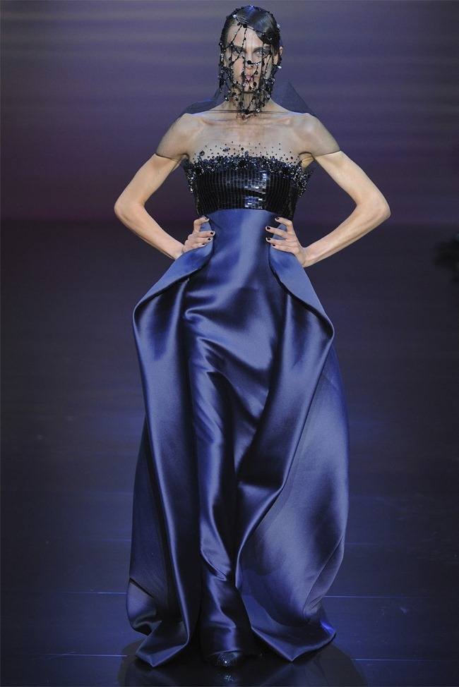 PARIS HAUTE COUTURE Giorgio Armani Privé Haute Couture Fall 2012. www.imageamplified.com, Image Amplified (40)