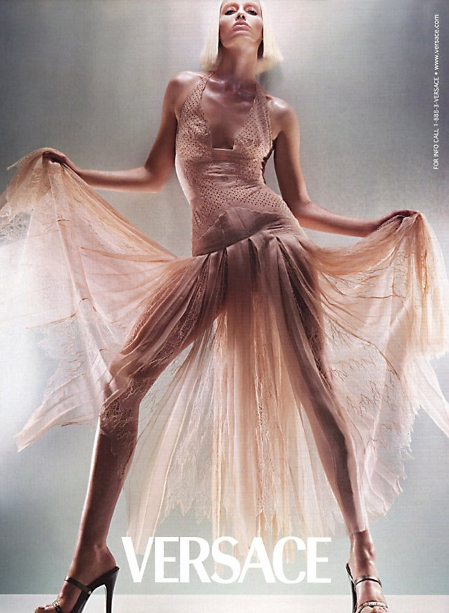WE ♥ VERSACE- Amber Valletta for Versace Spring 2003 by Steven Meisel. www.imageamplified.com, Image Amplified9