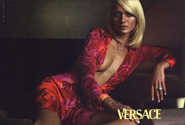 WE ♥ VERSACE- Amber Valletta for Versace Spring 2000 by Steven Meisel. www.imageamplified.com, Image Amplified8