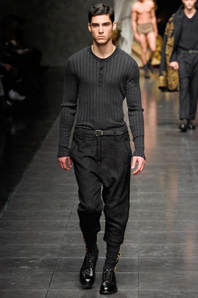 MILAN FASHION WEEK- Dolce & Gabbana Men's Fall 2012. www.imageamplified.com, Image Amplified5 (3)