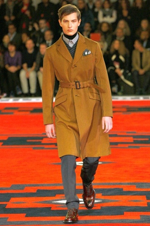 MILAN FASHION WEEK- Prada Men's Fall 2012. www.imageamplified.com, Image Amplified6 (1)