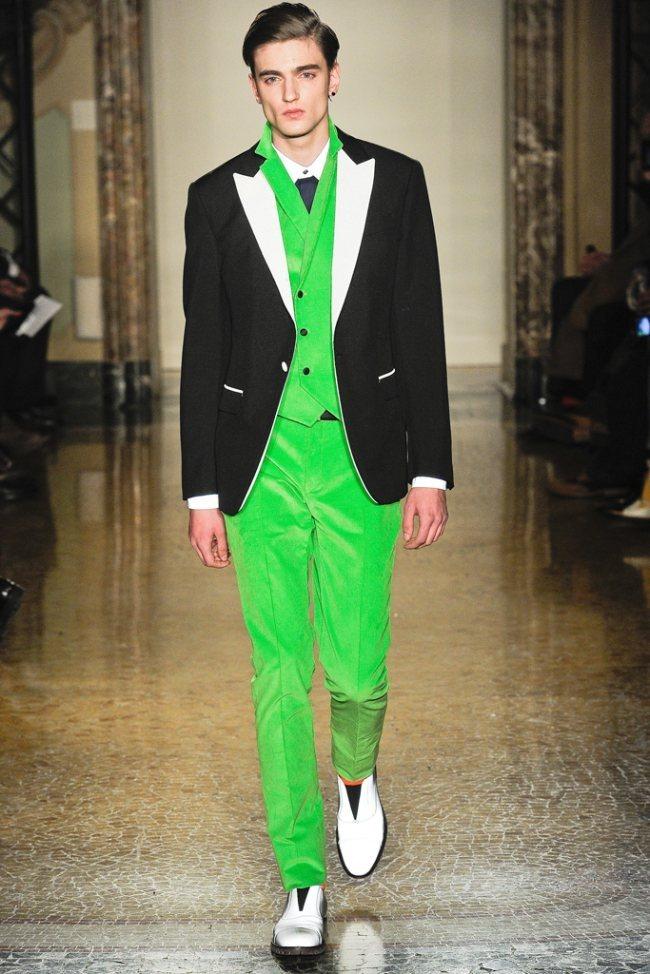 MILAN FASHION WEEK- Moschino Men's Fall 2012. www.imageamplified.com, Image Amplified7 (3)