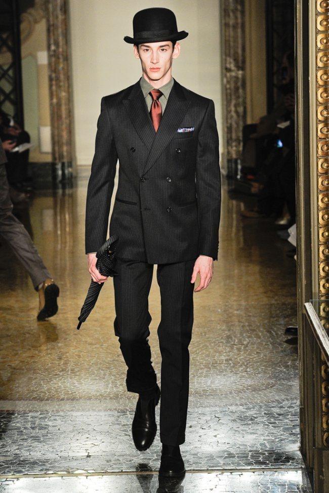 MILAN FASHION WEEK- Moschino Men's Fall 2012. www.imageamplified.com, Image Amplified9 (1)
