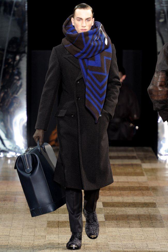 PARIS FASHION WEEK- Louis Vuitton Men's Fall 2012. www.imageamplified.com, Image Amplified6 (1)