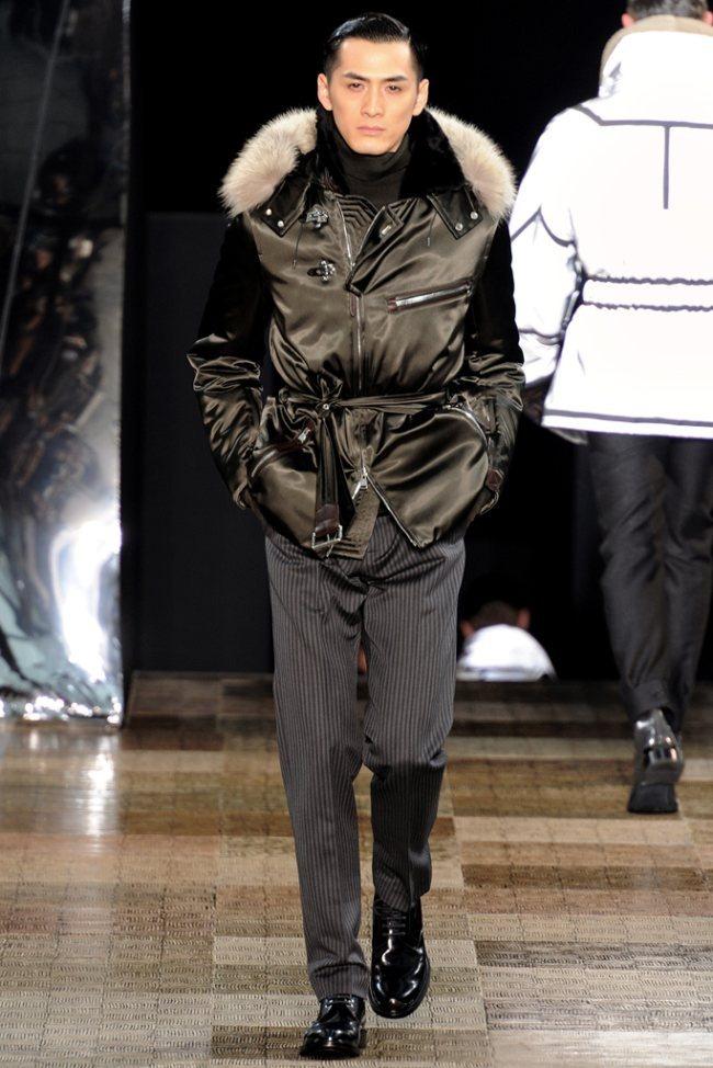 PARIS FASHION WEEK- Louis Vuitton Men's Fall 2012. www.imageamplified.com, Image Amplified9 (3)