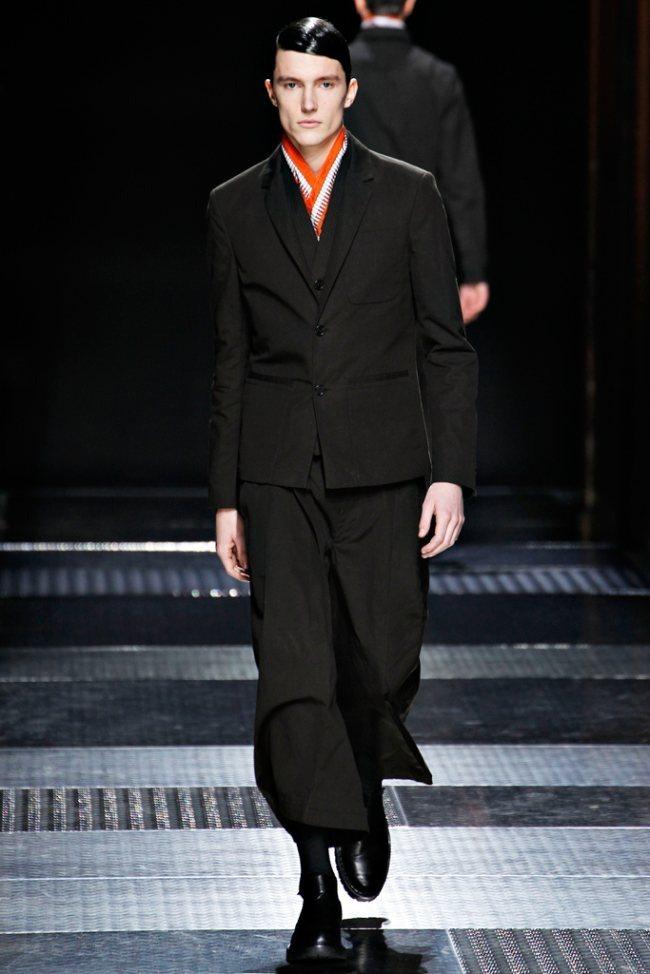 PARIS FASHION WEEK- Kris Van Assche Men's Fall 2012. www.imageamplified.com, Image Amplified6