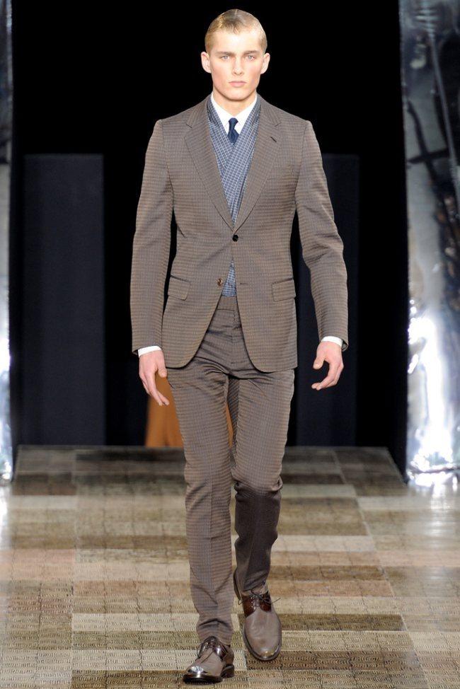 PARIS FASHION WEEK- Louis Vuitton Men's Fall 2012. www.imageamplified.com, Image Amplified0