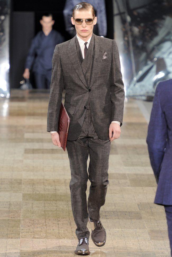 PARIS FASHION WEEK- Louis Vuitton Men's Fall 2012. www.imageamplified.com, Image Amplified2 (3)