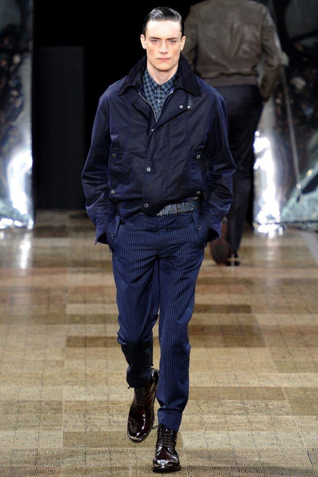 PARIS FASHION WEEK- Louis Vuitton Men's Fall 2012. www.imageamplified.com, Image Amplified3 (1)