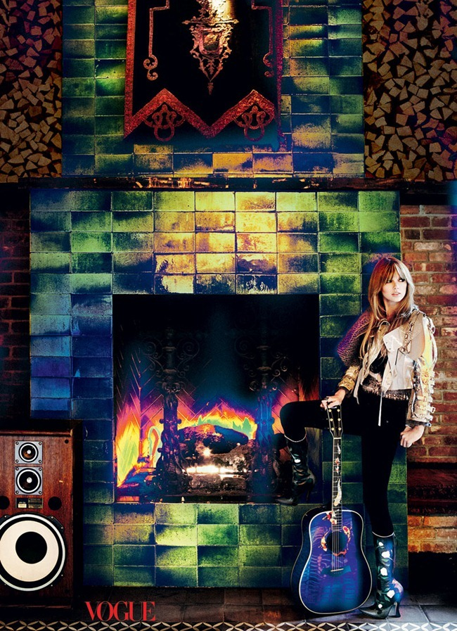 VOGUE Taylor Swift by Mario Testino. February 2012, Tonne Goodman, www.imageamplified.com, Image Amplified (3)