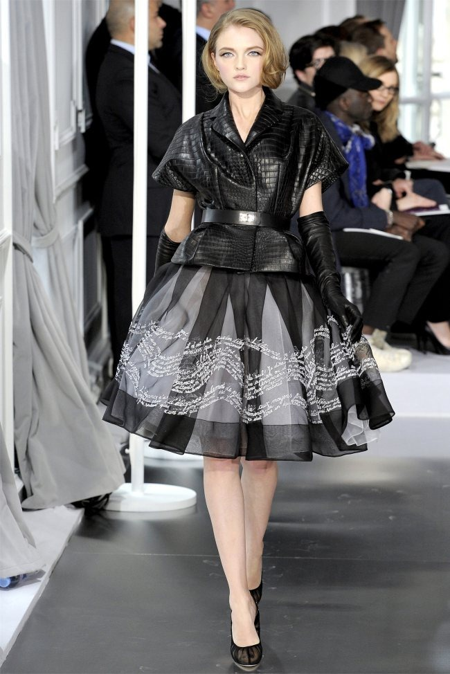 PARIS HAUTE COUTURE Dior Spring 2012 Couture. www.imageamplified.com, Image Amplified (4)