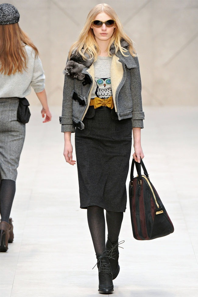 LONDON FASHION WEEK Burberry Fall 2012. www.imageamplified.com, Image Amplified (18)