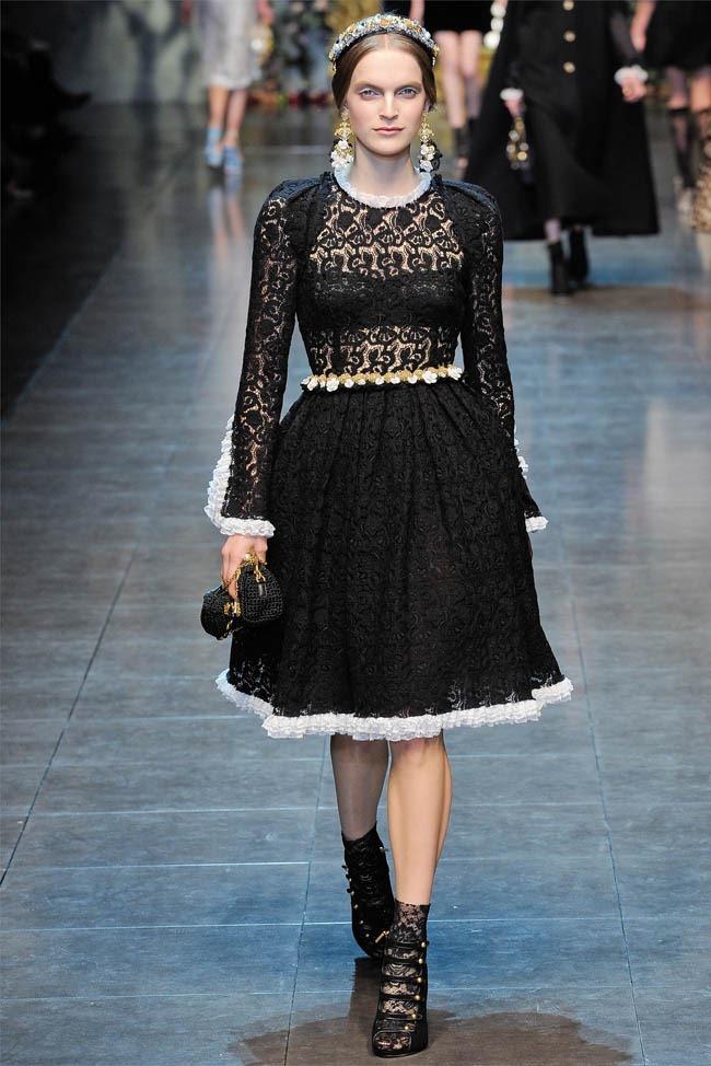 MILAN FASHION WEEK Dolce &  Gabbana Fall 2012. www.imageamplified.com, Image Amplified (11)