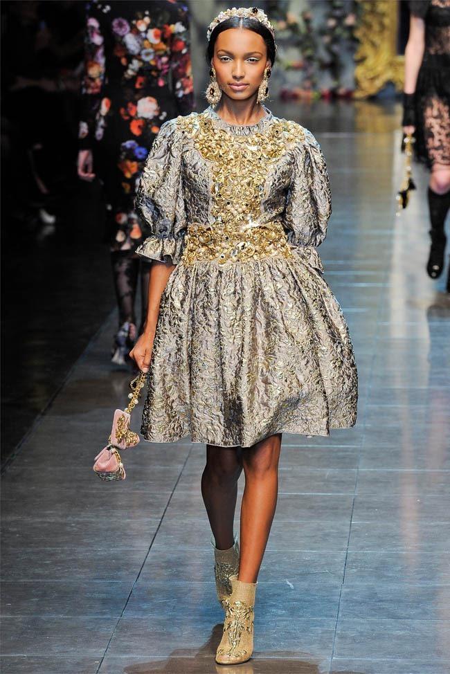 MILAN FASHION WEEK Dolce &  Gabbana Fall 2012. www.imageamplified.com, Image Amplified (31)