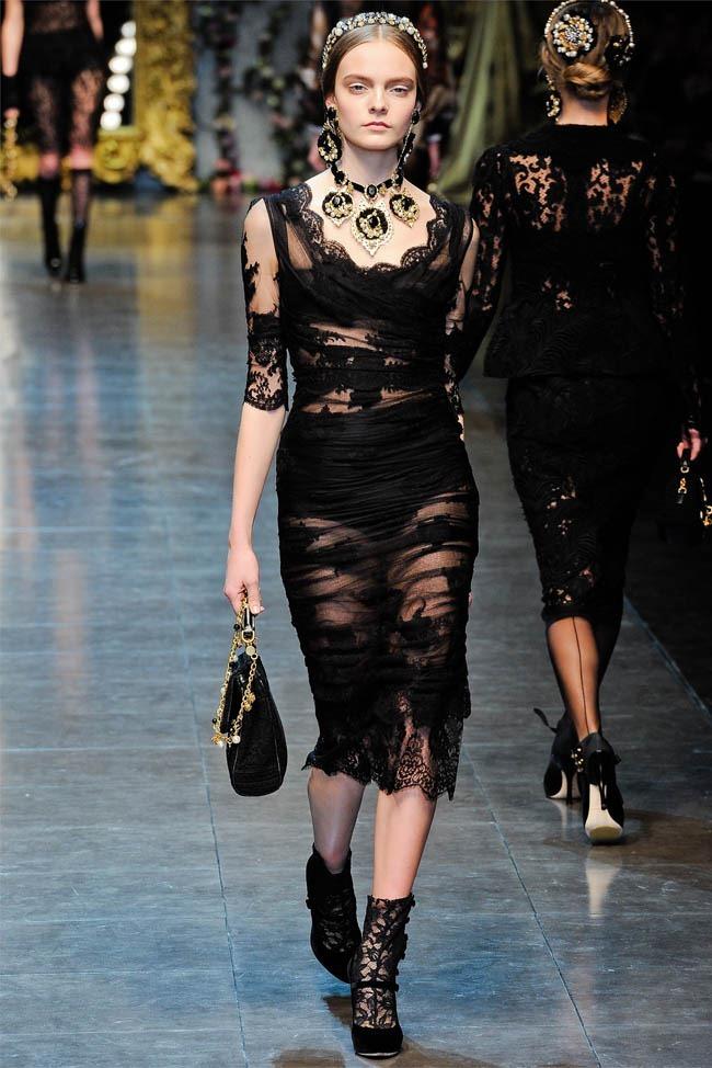 MILAN FASHION WEEK Dolce &  Gabbana Fall 2012. www.imageamplified.com, Image Amplified (33)