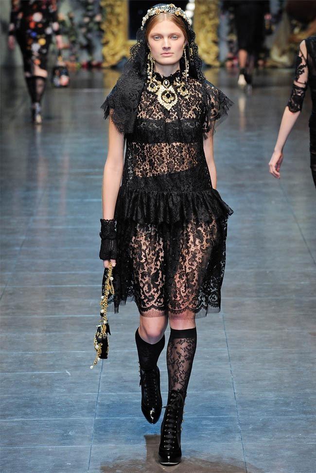 MILAN FASHION WEEK Dolce &  Gabbana Fall 2012. www.imageamplified.com, Image Amplified (34)