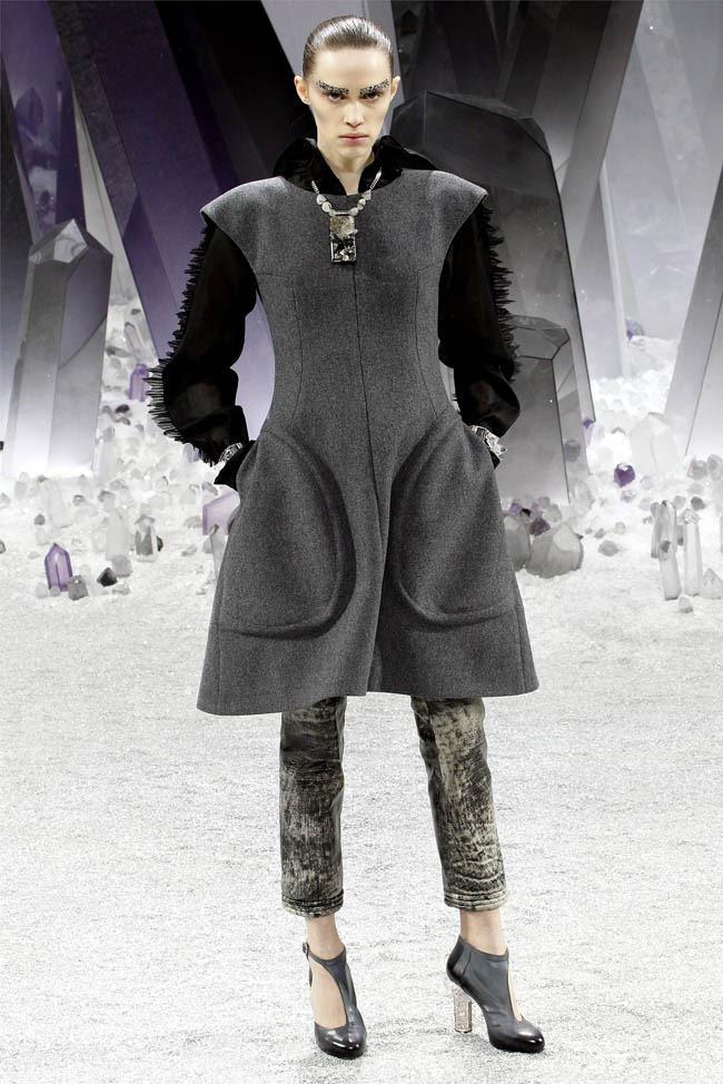 PARIS FASHION WEEK Chanel Fall 2012. www.imageamplified.com, Image Amplified (37)