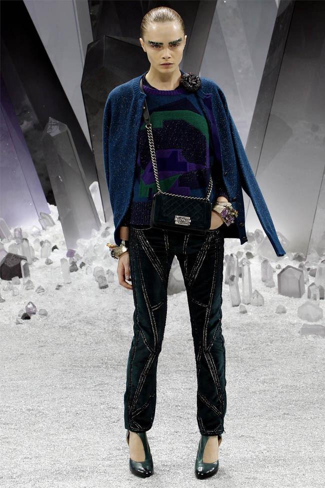 PARIS FASHION WEEK Chanel Fall 2012. www.imageamplified.com, Image Amplified (14)