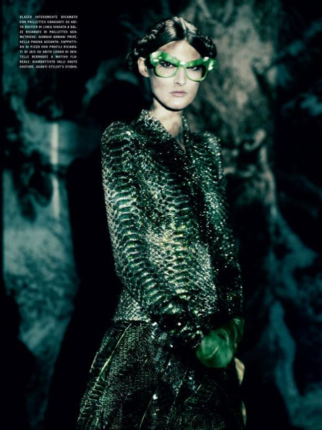 VOGUE ITALIA- Marie Piovesan in A Lady in Spring by Paolo Roversi. Panos Yiapanis, March 2012, www.imageamplified.com, Image Amplified0 (1)