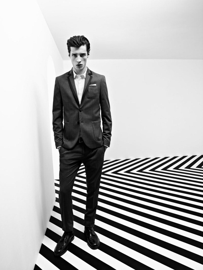 CAMPAIGN- Adrien Sahores for Pierre Balmain Fall 2012. www.imageamplified.com, Image Amplified1 (1)