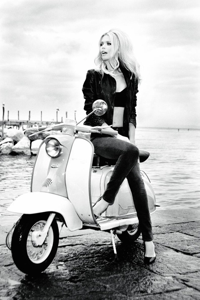 CAMPAIGN Claudia Schiffer for Guess 30th Anniversary by Ellen von Unwerth. www.imageamplified.com, Image Amplified (15)