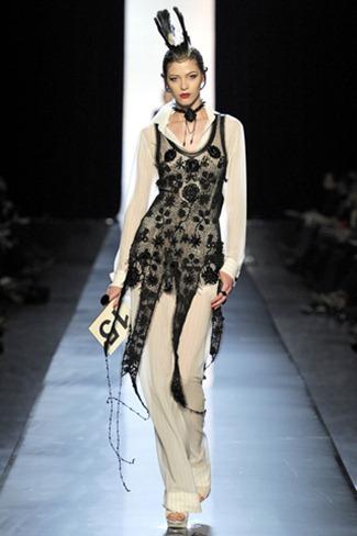 WE ♥ JEAN PAUL GAULTIER Jean Paul Gaultier Spring 2011 Couture. www.imageamplified.com, Image Amplified (9)