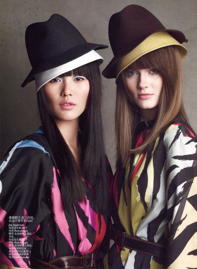 VOGUE CHINA Monika Jagaciak & Liu Wen in Fall Romance by Patrick Demarchelier. Nicoletta Santoro, July 2012, www.imageamplified.com, Image Amplified (8)