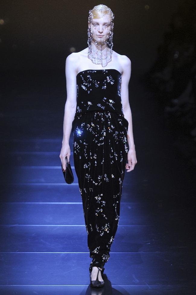 PARIS HAUTE COUTURE Giorgio Armani Privé Haute Couture Fall 2012. www.imageamplified.com, Image Amplified (51)