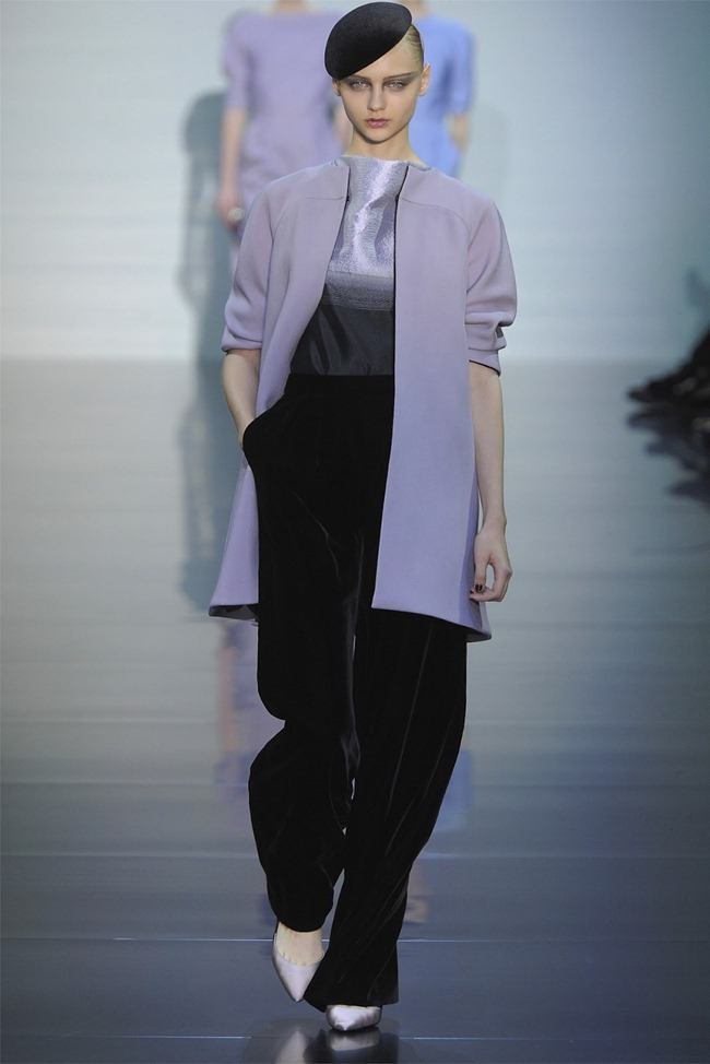 PARIS HAUTE COUTURE Giorgio Armani Privé Haute Couture Fall 2012. www.imageamplified.com, Image Amplified (3)