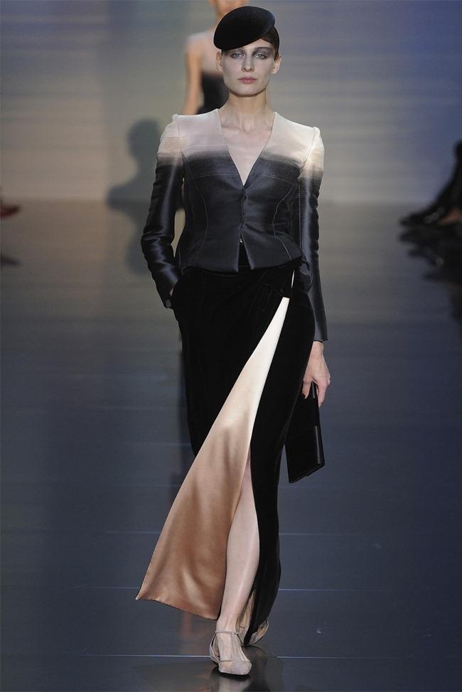 PARIS HAUTE COUTURE Giorgio Armani Privé Haute Couture Fall 2012. www.imageamplified.com, Image Amplified (10)