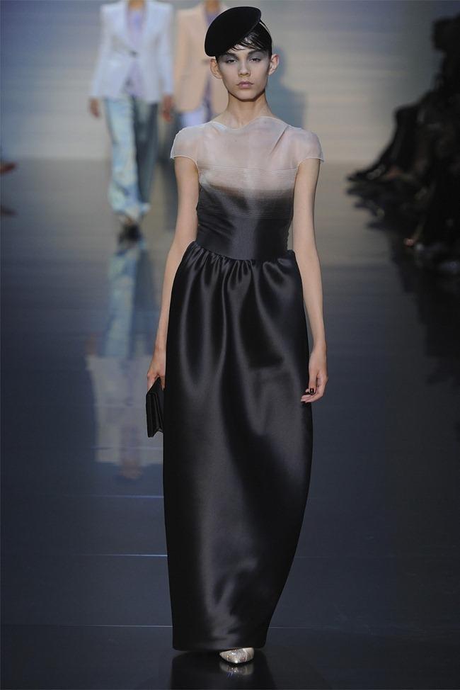 PARIS HAUTE COUTURE Giorgio Armani Privé Haute Couture Fall 2012. www.imageamplified.com, Image Amplified (11)