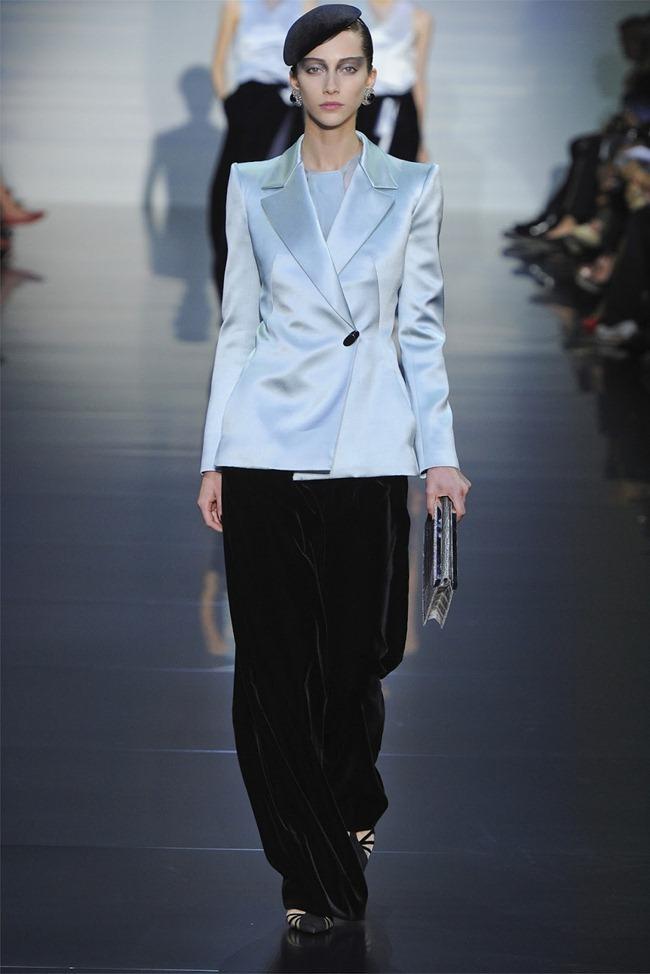 PARIS HAUTE COUTURE Giorgio Armani Privé Haute Couture Fall 2012. www.imageamplified.com, Image Amplified (12)