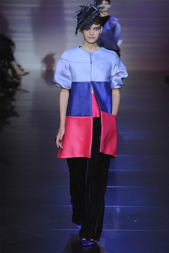 PARIS HAUTE COUTURE Giorgio Armani Privé Haute Couture Fall 2012. www.imageamplified.com, Image Amplified (23)