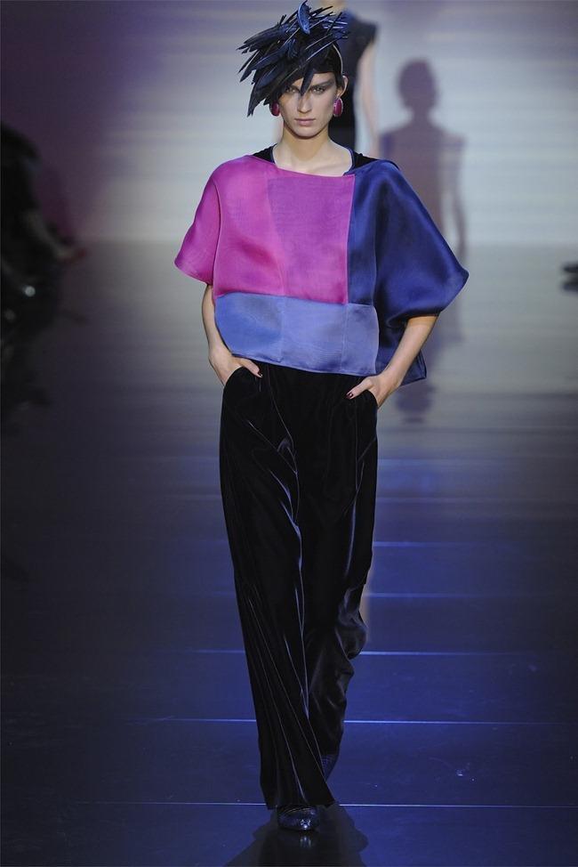 PARIS HAUTE COUTURE Giorgio Armani Privé Haute Couture Fall 2012. www.imageamplified.com, Image Amplified (31)