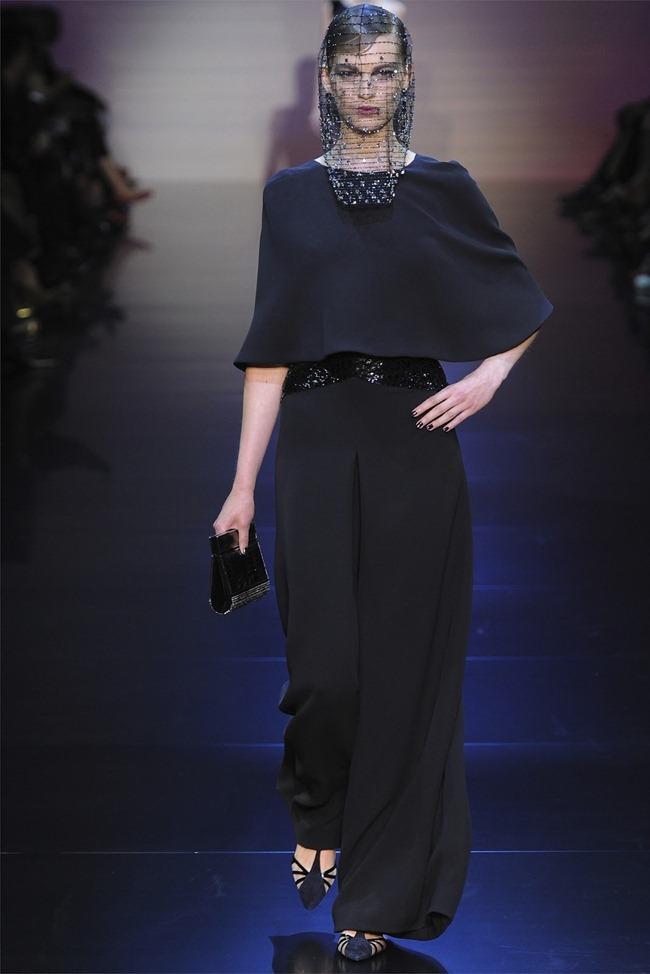 PARIS HAUTE COUTURE Giorgio Armani Privé Haute Couture Fall 2012. www.imageamplified.com, Image Amplified (32)