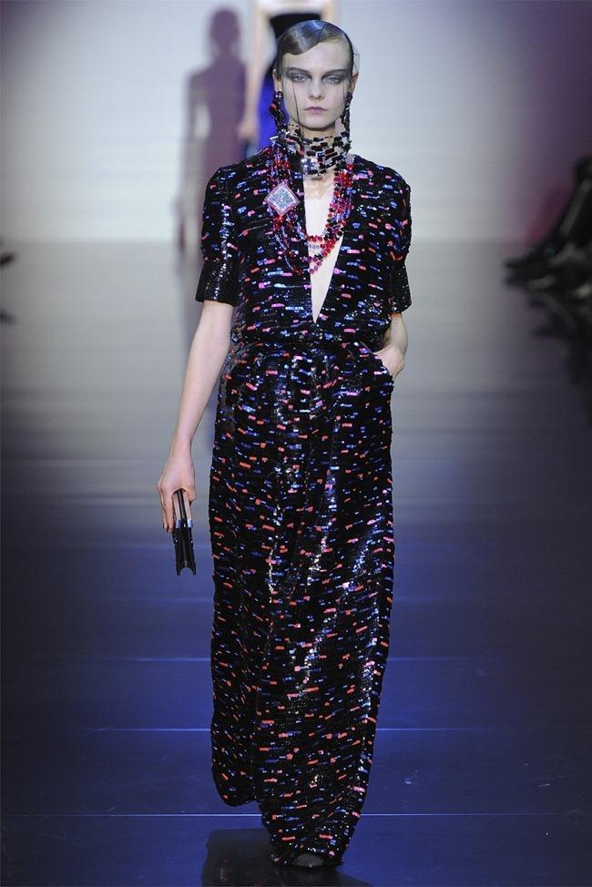 PARIS HAUTE COUTURE Giorgio Armani Privé Haute Couture Fall 2012. www.imageamplified.com, Image Amplified (35)