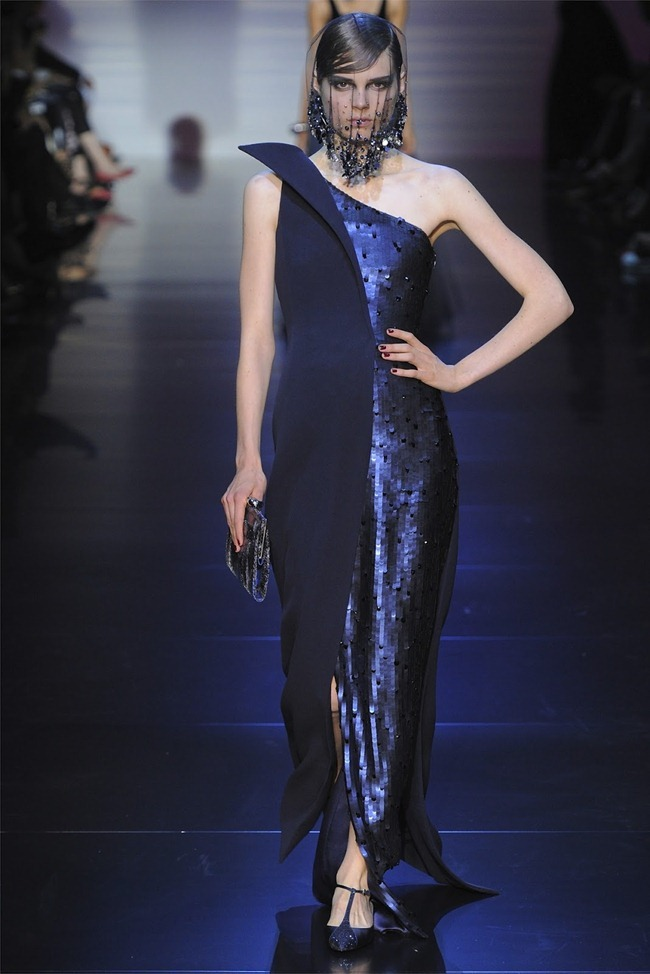 PARIS HAUTE COUTURE Giorgio Armani Privé Haute Couture Fall 2012. www.imageamplified.com, Image Amplified (38)