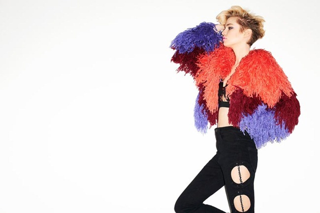 CAMPAIGN- Sabrina Nait & Stella Maxwell for Nasty Gal Fall 2012 by Terry Richardson. www.imageamplified.com, Image Amplified
