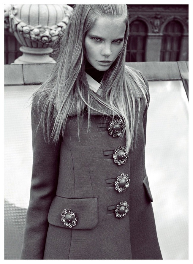 HARPER'S BAZAAR TURKEY Marloes Horst in Hitting the Ground by Koray Birand. Mahizer Aytas, September 2012, www.imageamplified.com, Image Amplified (1)