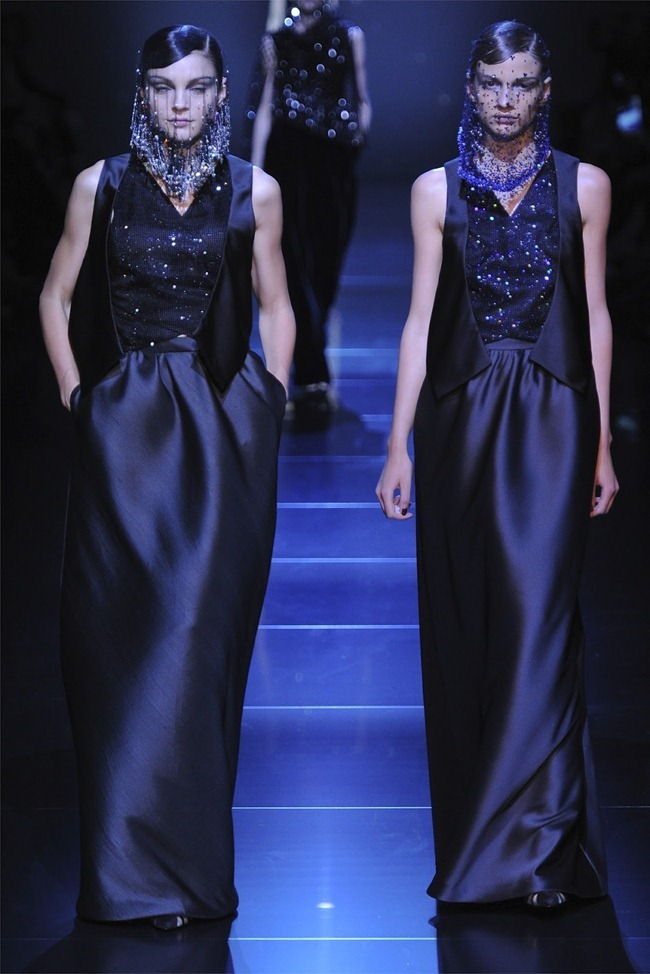 PARIS HAUTE COUTURE Giorgio Armani Privé Haute Couture Fall 2012. www.imageamplified.com, Image Amplified (43)