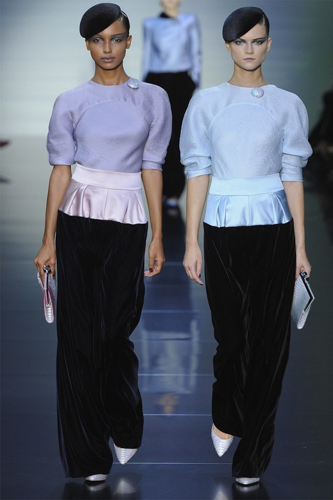 PARIS HAUTE COUTURE Giorgio Armani Privé Haute Couture Fall 2012. www.imageamplified.com, Image Amplified (7)