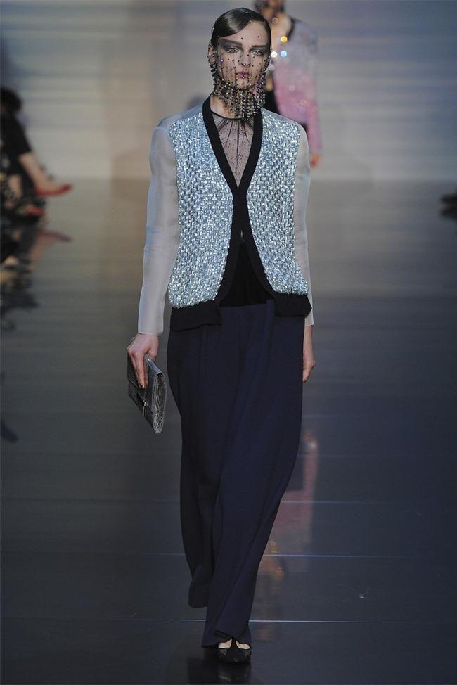 PARIS HAUTE COUTURE Giorgio Armani Privé Haute Couture Fall 2012. www.imageamplified.com, Image Amplified (18)