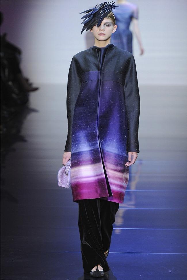 PARIS HAUTE COUTURE Giorgio Armani Privé Haute Couture Fall 2012. www.imageamplified.com, Image Amplified (24)