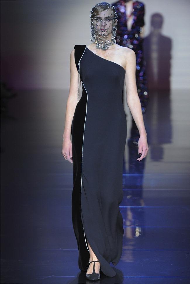 PARIS HAUTE COUTURE Giorgio Armani Privé Haute Couture Fall 2012. www.imageamplified.com, Image Amplified (33)