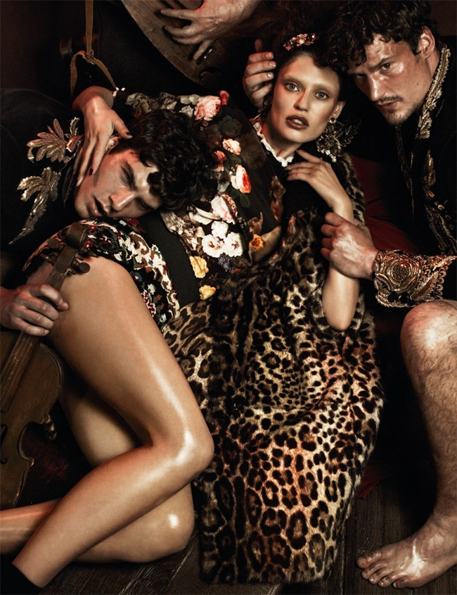 INTERVIEW GERMANY Bianca Balti, Sam Webb, Aiden Shaw, Chris Petersen, Chris B. & Christos in Baroque Fever by Giampaolo Sgura. Klaus Stockhausen, www.imageamplified.com, Image Amplified (1)