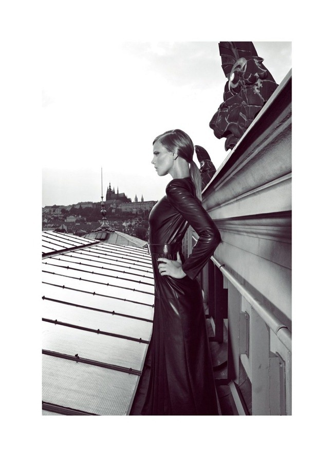 HARPER'S BAZAAR TURKEY Marloes Horst in Hitting the Ground by Koray Birand. Mahizer Aytas, September 2012, www.imageamplified.com, Image Amplified (17)